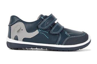 Clarks Boys' Manny Shoe (Navy/Blue/Grey E, Size 06 UK)