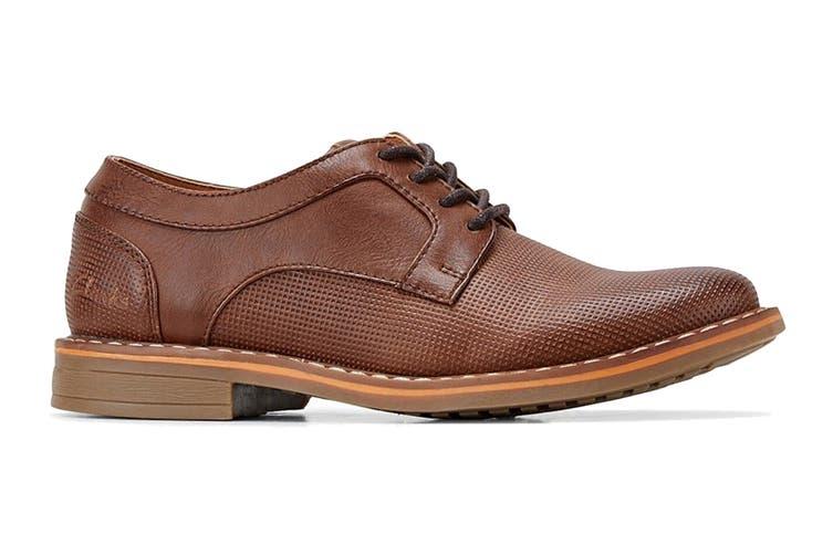 Clarks Boys' Lowen Shoe (Tan E, Size 4 UK)