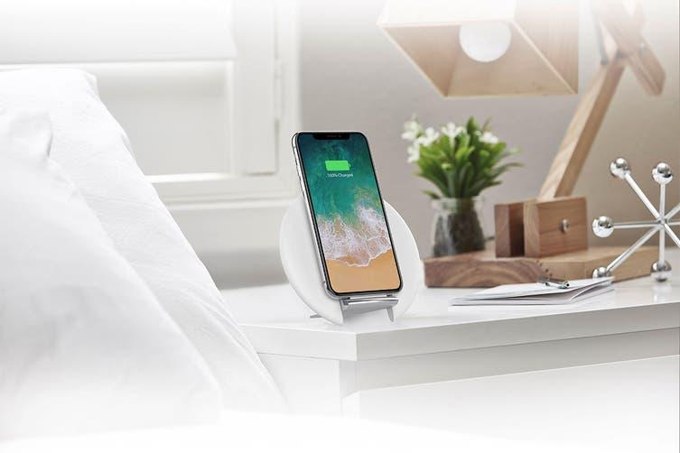 Cygnett Prime Wireless Desk Charger Premium White (CY2646WIRDE)