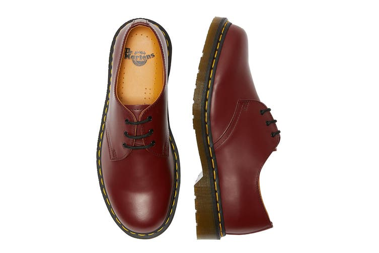 Dr. Martens 1461 Smooth Leather Low Top Shoe (Cherry Red, Size 7 UK)