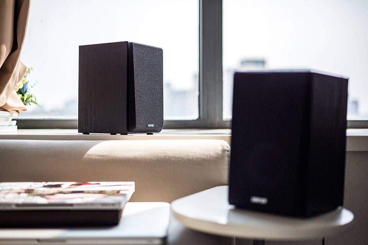 Edifier Studio Quality 2.0 Bookshelf Speaker System with Dual RCA Input - Black (R980T)