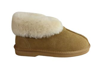Grosby Women's Princess Ugg Boots (Chestnut, Size 7 US)