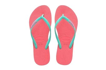 Havaianas Slim Logo Pop Up Thongs (Porcelain Rose/Dew Green)