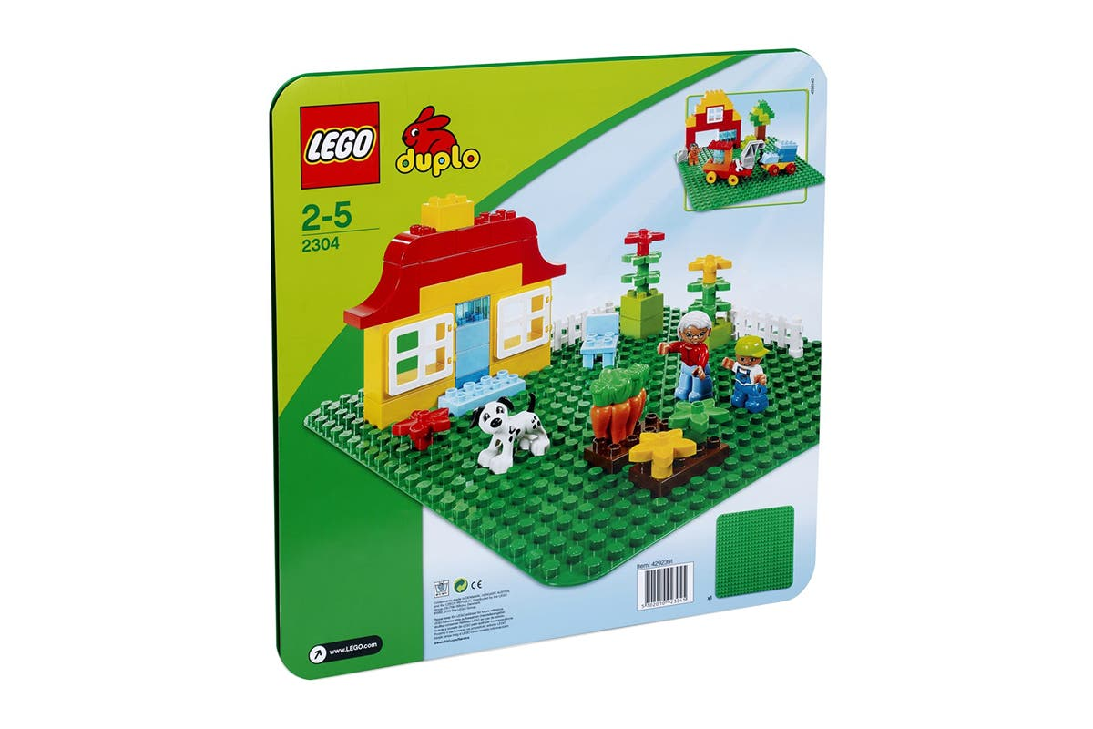 LEGO DUPLO Large Green Building Plate (2304) Even big imaginations need a place to start and the LEGO DUPLO Large Green Building Plate is the best one.   Contains 1 piece baseplate Bricks not included Sturdy and durable Suitable for kids 1 year and above