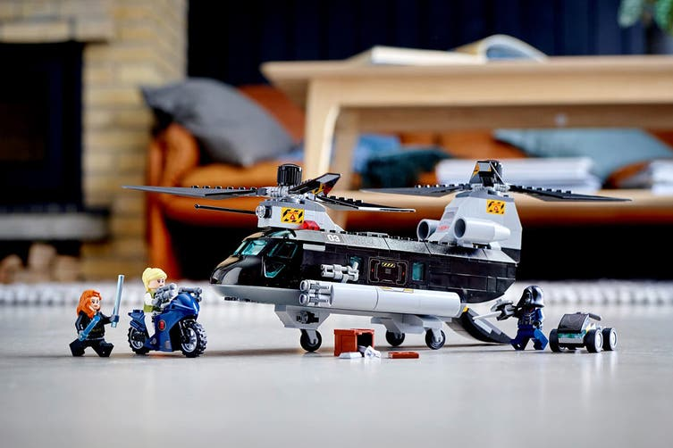 LEGO Super Heroes Black Widow's Helicopter (76162)