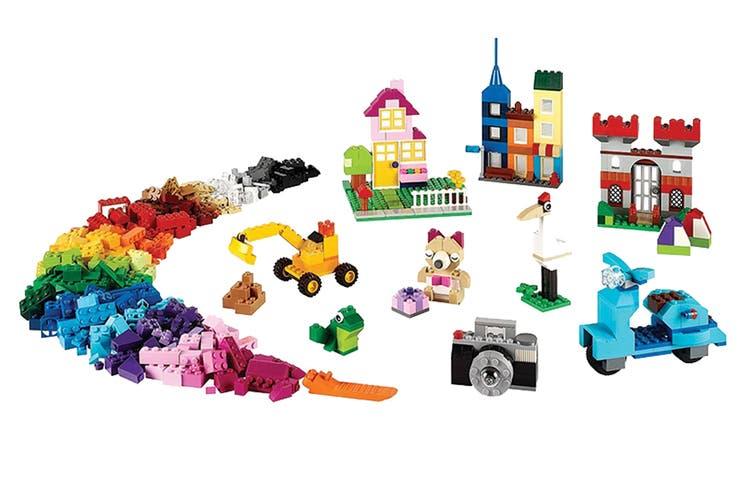 LEGO CLASSIC Large Creative Brick Box (10698)