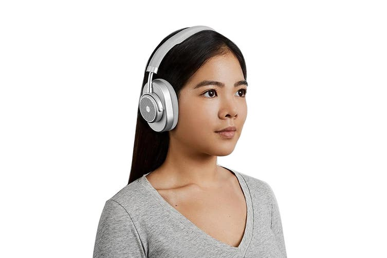 Master & Dynamic MW65 Active-Noise-Cancelling Wireless Over-Ear Headphone - Silver Metal/Grey Leather (MW65S3)