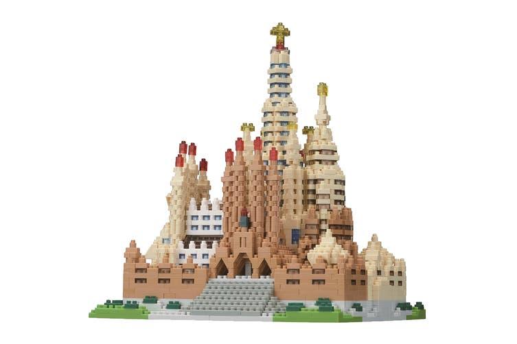 Nanoblock Sagrada Familia Deluxe Building Set