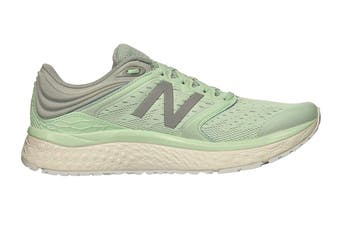 New Balance Women's 1080v8 Shoe (Light Green, Size 7)