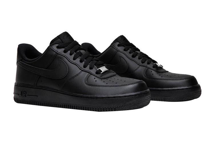 Nike Men's Air Force 1 '07 LE Sneaker (Black/Black, Size 7 US)