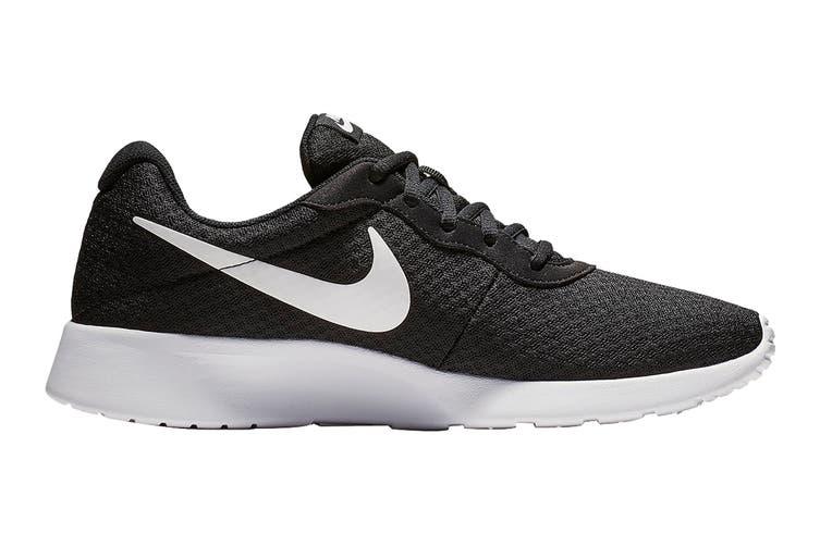 Nike Women's Tanjun Shoes (Black/White, Size 5.5 US)