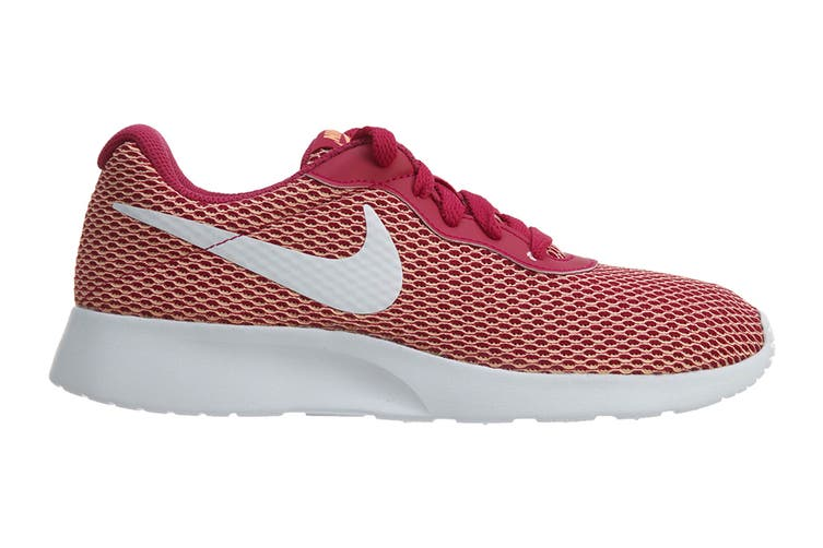 Nike Women's Tanjun SE Shoes (Sport Fuchsia/White, Size 7 US)