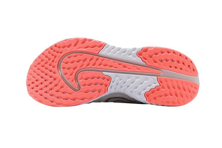 Nike Women's Legend React 2 Shoes (White/Lava Glow, Size 6.5 US)