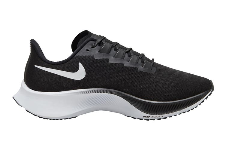 Nike Women's Air Zoom Pegasus 37 Running Shoe (Black, Size 6.5 US)