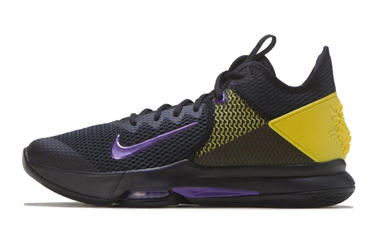 Lebron Witness IV Basketball Shoe (Blue