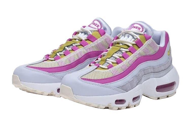 Nike Women's Air Max 95 Sneaker (Grey/Saffron Pink/White, Size 7.5 US)