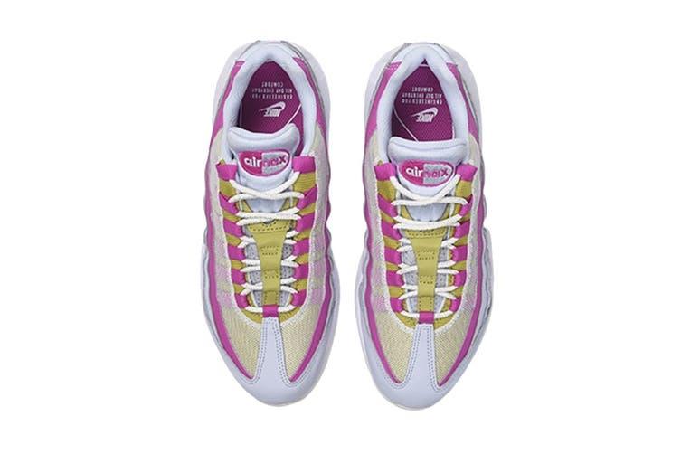 Nike Women's Air Max 95 Sneaker (Grey/Saffron Pink/White, Size 7 US)