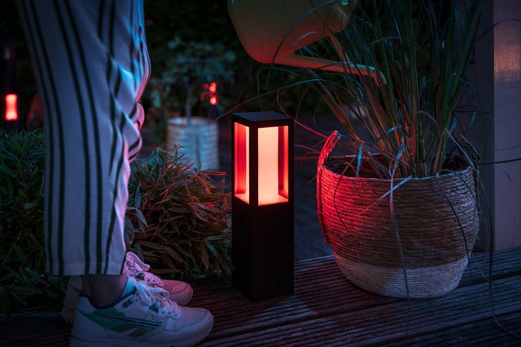Philips Hue Outdoor Impress Ped Kit