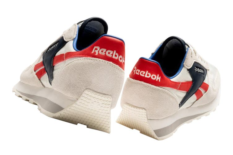 Reebok Unisex Classic Leather AZ Sneaker (Chalk/Collegiate Navy/Radiant Red, Size 7 US)