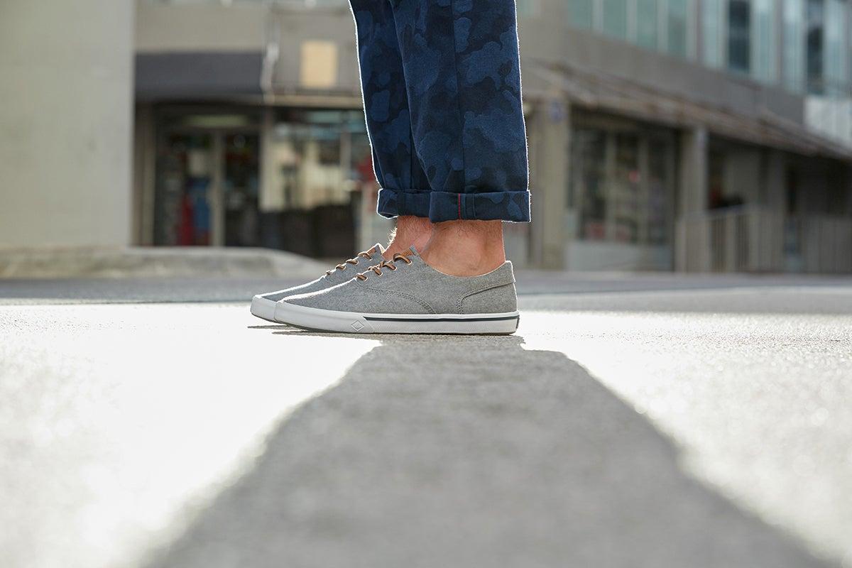 Sperry Men's Striper II Canvas Shoe