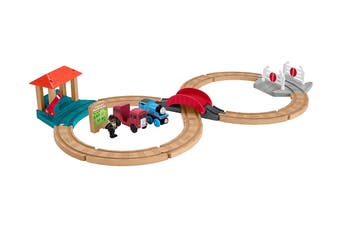 Thomas & Friends Wood Racing Figure-8 Set