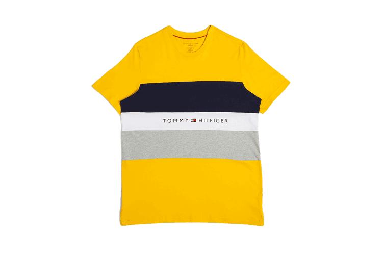 Tommy Hilfiger Men's Modern Essentials Colour Block Script Short Sleeve Crew Tee (Saffron, Size XL)