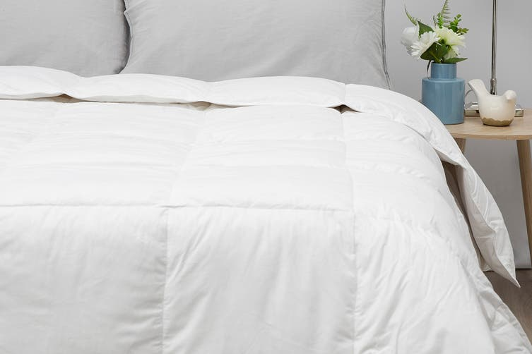 Tontine All Seasons 15/85 Duck Feather & Down Quilt (King)