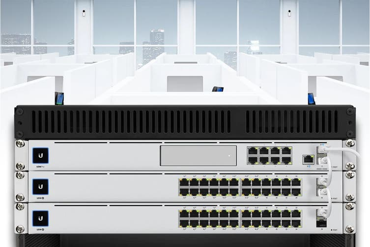 Ubiquiti UniFi Gen2 24 Port Switch  (USW-24-POE)