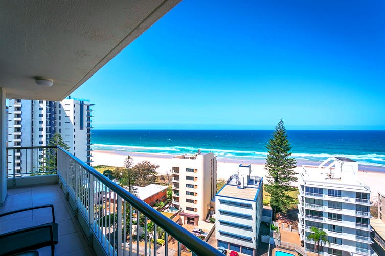GOLD COAST: 5 Nights at Surfers Beachside Apartments Including Flights for Two (Departing PER/HBA)