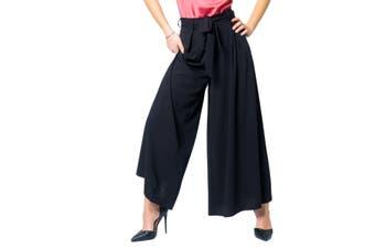 Ak Women's Trousers In Black