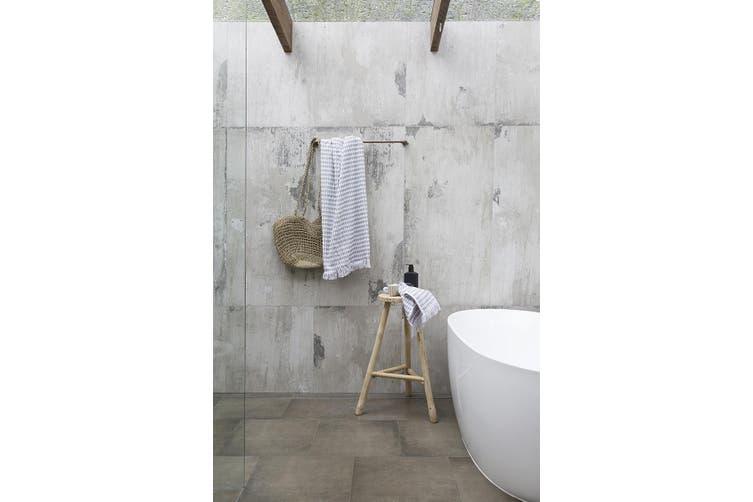 Bambury Corsica Range - 100% Cotton - Bath Towel - 160 x 80cm - White & Grey