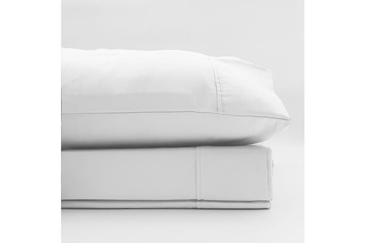 Renee Taylor 1500 Thread Count Pure Soft Cotton Blend Flat & Fitted Sheet Set - King - White