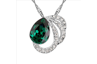 Luxury Crystal Butterfly Lovers Lady Pendant Necklace Green