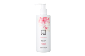 Blue Jacar Be Love - Moisturising Body Lotion Peach Blossom & Pepperberry 250ml