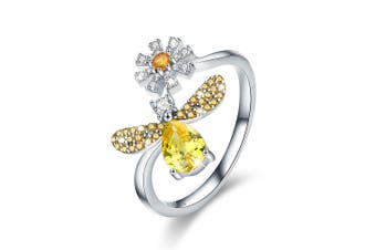 .925 Darling Bee Daisy Ring