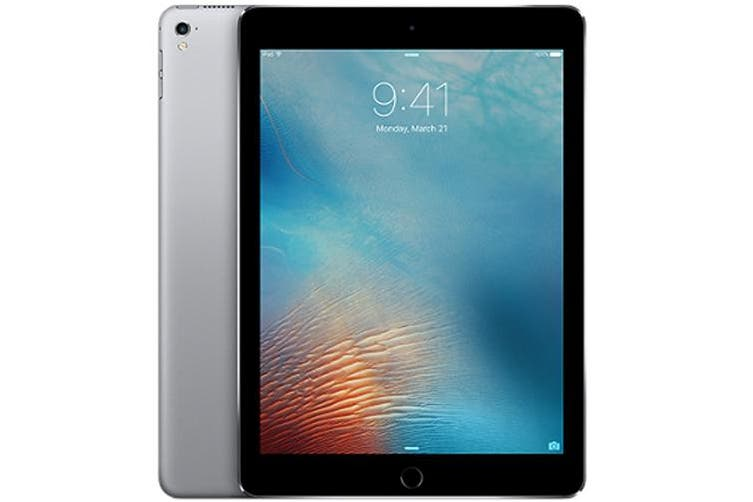 "Used as Demo Apple iPad PRO 9.7"" 32GB Wifi + Cellular Space Grey (Local Warranty, 100% Genuine)"
