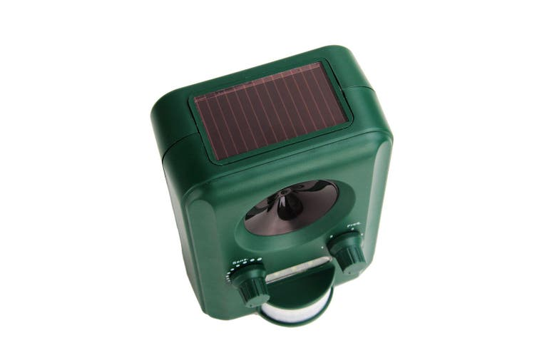Solar Ultrasonic Outdoor Pest Repeller with Motion Sensor