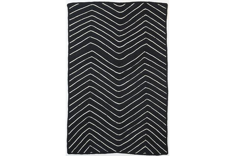 Artisan Natural Chevron Black Rug - 190x280cm