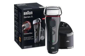 Braun 5050CC Series 5 Cordless Shaver w/ Charge & Clean Station