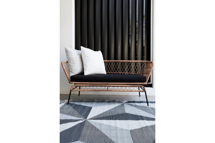 150x238cm Geo Star Glacier Grey Recycled Plastic Outdoor Rug and Mat