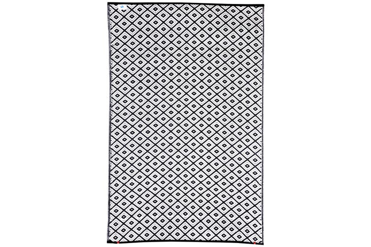 90x179cm Kimberley Black and White Recycled Plastic Outdoor Rug and Mat
