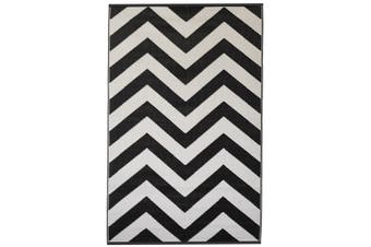180x270cm Laguna Black & White Chevron Recycled Plastic Outdoor Rug and Mat