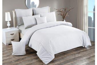 Seersucker King Size Quilt/Doona/Duvet Cover Set - White