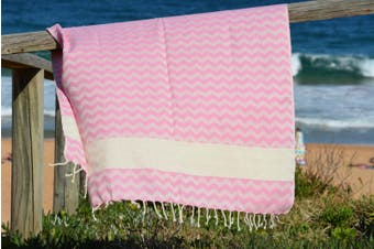 Compact Lifestyle Beach Wave Turkish Towel – Pink