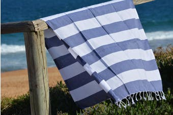 Compact Lifestyle Beach Daze Turkish Towel – Navy/White