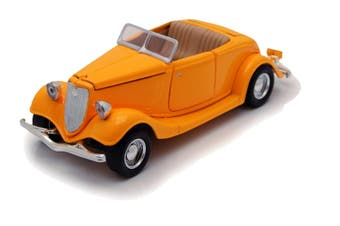 Motormax 1/24 1934 Ford (Yellow)