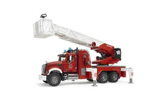 Bruder 1:16 Mack 63cm Granite Fire Engine w/ Slewing Ladder/Water Pump Toy 4yr+