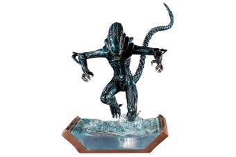 Alien Water Attack Statue