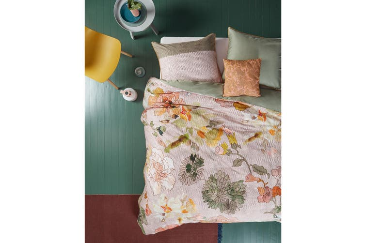 Knitted Rose Multi Quilt Cover Set Queen