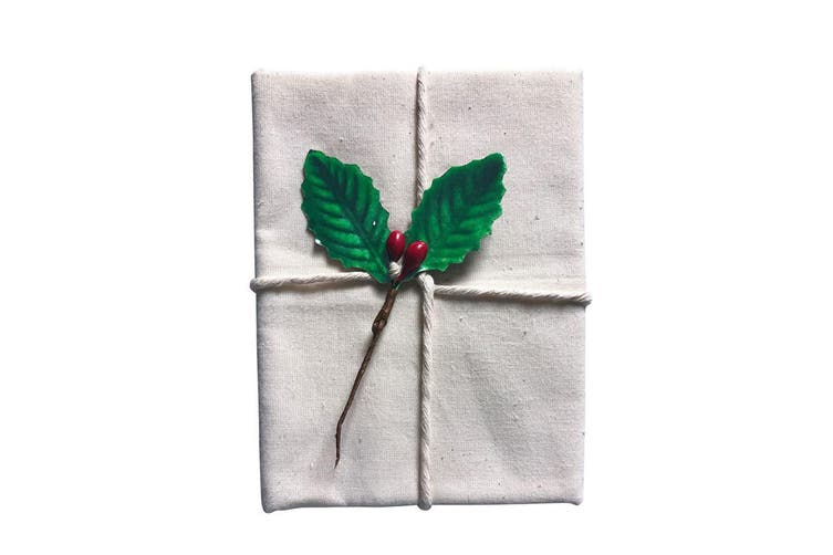 8x Avanti 60cm Christmas Traditional Pudding Calico Food Cotton Cloth Holly Leaf